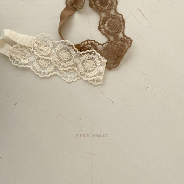 Bebeholic Ozi Lace Band (2 colour options) - ooyoo