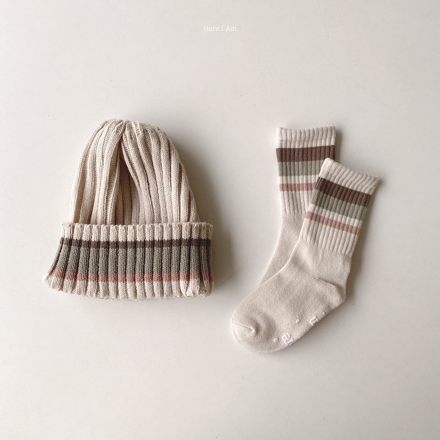 Here I Am Knitted Stripe Beanie (2 colour options) - ooyoo