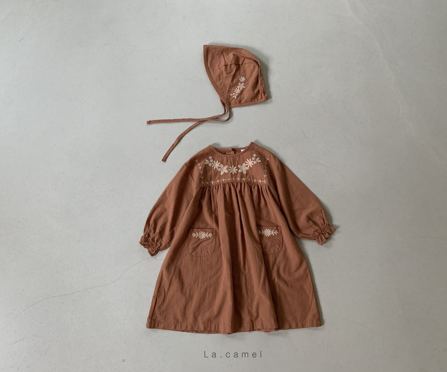 La Camel Sally Bonnet (2 colour options) - ooyoo