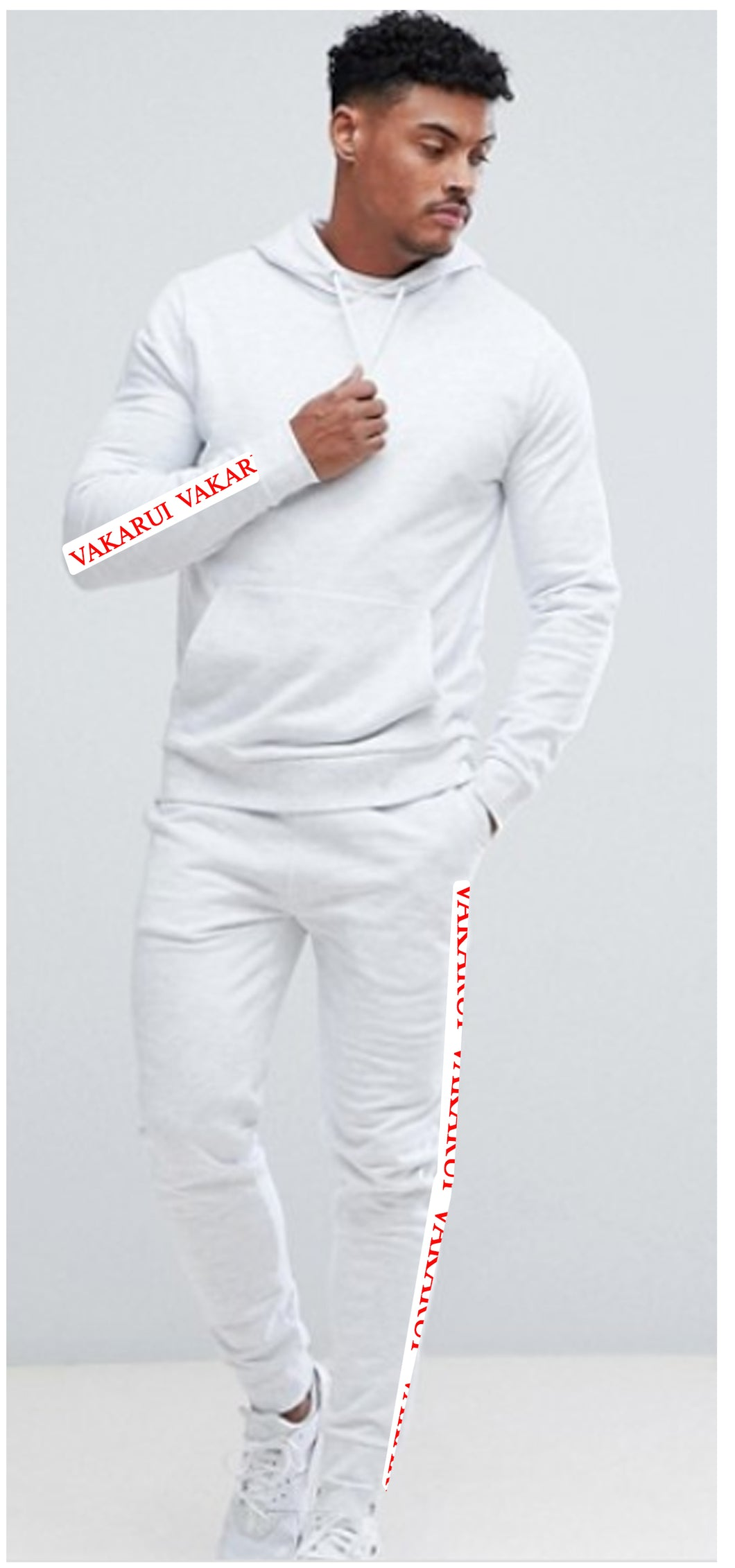 VAKARUI White spider Sweat Suit