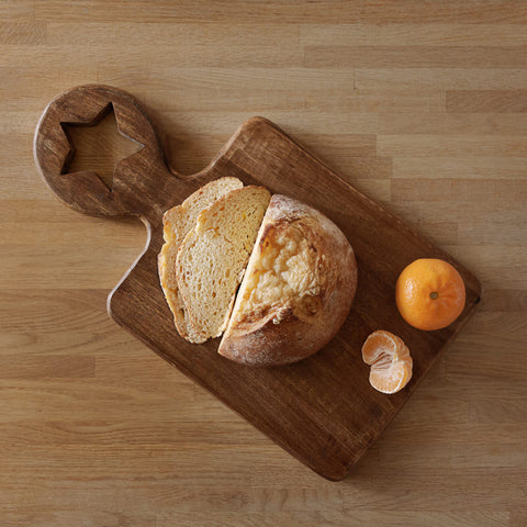 mango wood chopping board with star handle