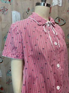 Vintage 1950s 1960s Blouse • Maternity Shirt Pink & Red Mushroom Print with a Pocket • Small