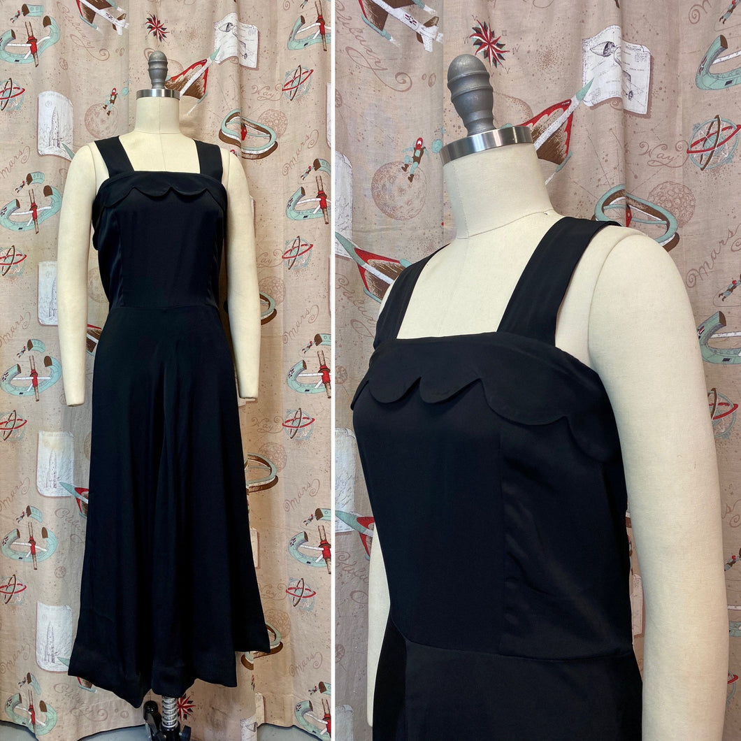 Vintage Dress • Black Scalloped Edge Cold Rayon Dress • Extra Large