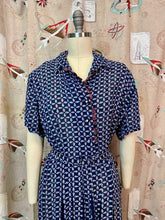 Load image into Gallery viewer, Vintage 1940s Dress • Blue Floral Rayon Day Dress With Belt • 2XL