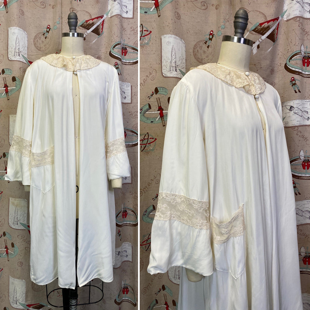 Vintage 1940s Robe • Rayon & Lace Peignoir Jacket • Small to Large