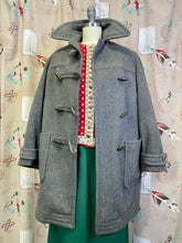Load image into Gallery viewer, Vintage 1940s Coat • Grey Wool Duffle Coat with Toggle Buttons • Medium to Large
