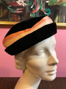 Vintage 1950s Hat - Black Velvet Ladies Formal Hat w Peach Satin Hatband
