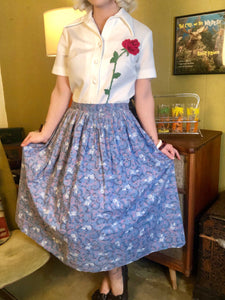 Vintage 1950s Skirt • Blue Novelty Rose and Thorns Print Circle Skirt • Medium