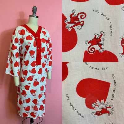 Vintage 1950s Pajama Top • Cotton Novelty Print Naughty Monkey Heart Night Shirt • Medium