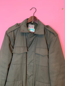 Vintage 1950s Coat • Army Green Utility / Outdoors / Camping Insulated Jacket • Size 38