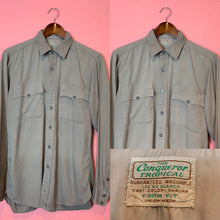 Load image into Gallery viewer, Vintage 1940s Shirt • Gray Gabardine Men's Work Shirt • Small - Medium