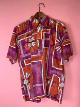 Load image into Gallery viewer, Vintage 1970s Shirt • Psychedelic Vintage Men's Hawaiian Tiki Shirt by Go Barefoot • Medium