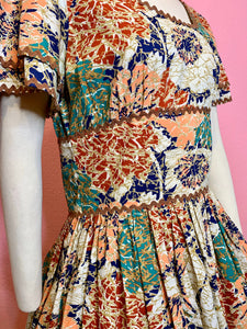 Vintage 1950s Dress • Bright Abstract Floral Print Cotton Day Dress • Large