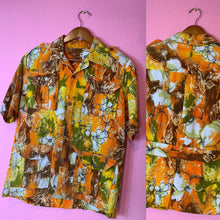 Load image into Gallery viewer, Vintage 1960s Shirt • Back Belt Barkcloth Hawaiian Shirt • Small