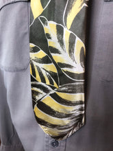 "Load image into Gallery viewer, Vintage 1940s Tie • Silk Art Deco Tiki Palm Fronds • 47"" Long"