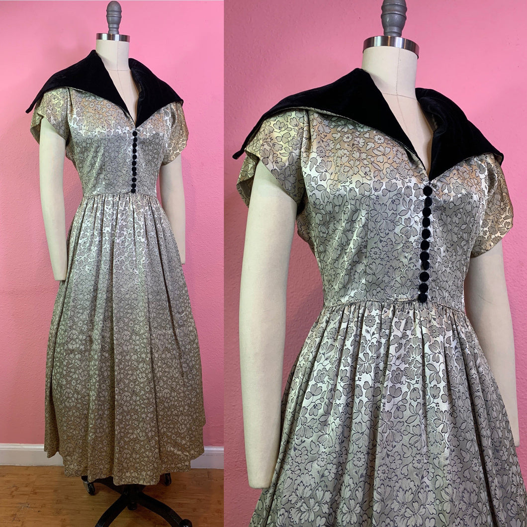 Vintage 1950s Dress • Silver New Look Cocktail Dress with Oversized Velvet Collar • Small