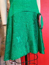Load image into Gallery viewer, Vintage 1960s Dress • Green 1920s Inspired Drop Waist Bow Dress • Small