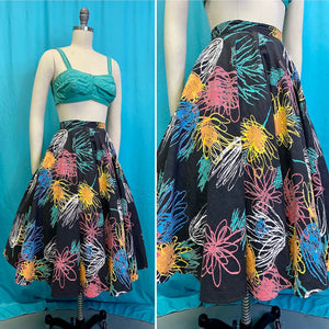 Vintage 1950s Skirt • Fun Floral Abstract Novelty Print Circle Skirt • Small