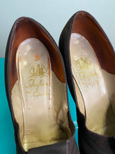 Load image into Gallery viewer, Vintage 1940s Shoes • Brown Suede Pumps by Clark's • Size US 8