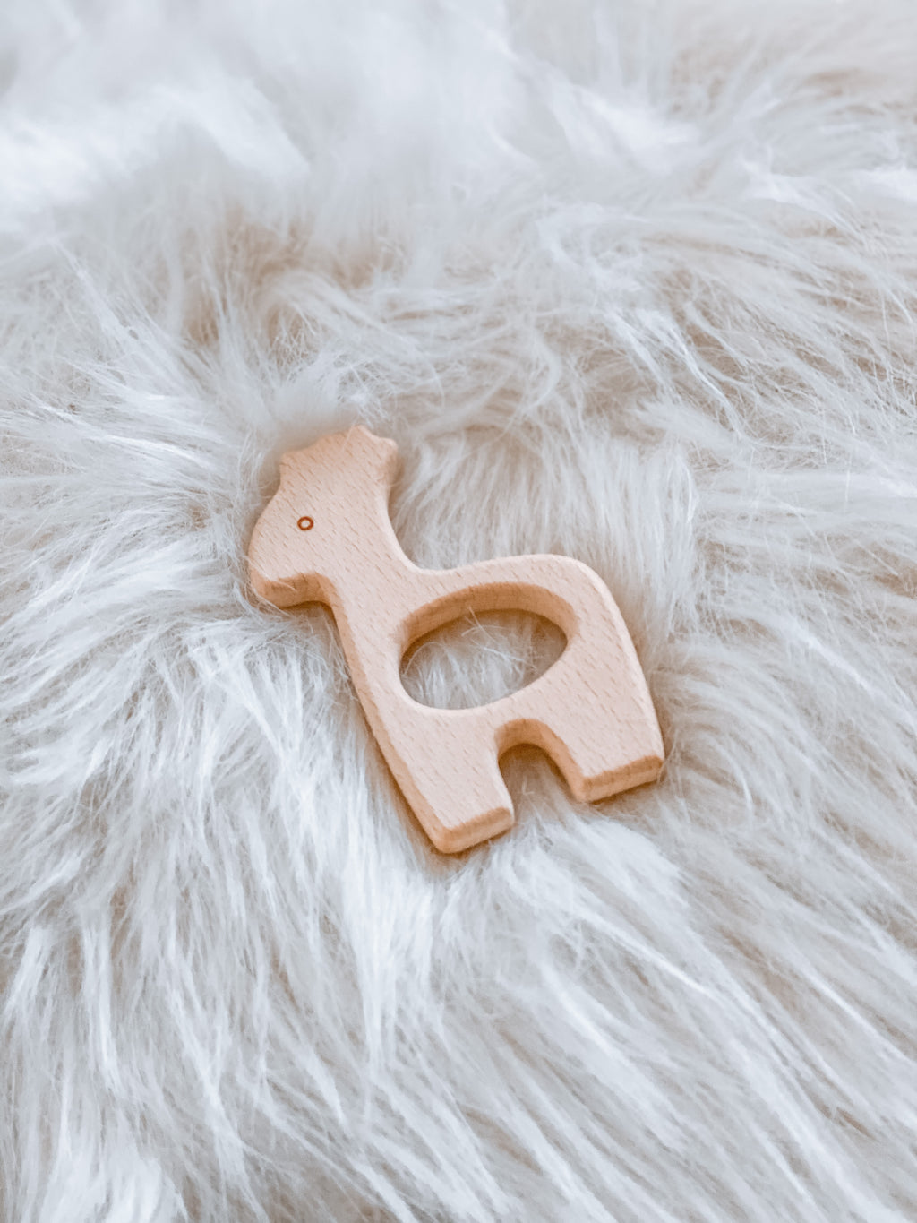 Giraffe Wooden Teether - Hallie & Harlow