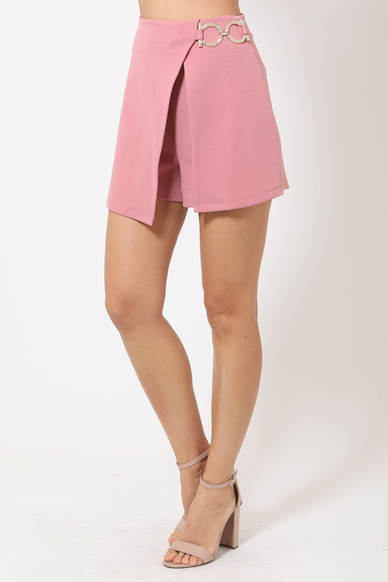 Double Layer Detailed Fashion Shorts With Gold Buckle On The Side - J NILLY