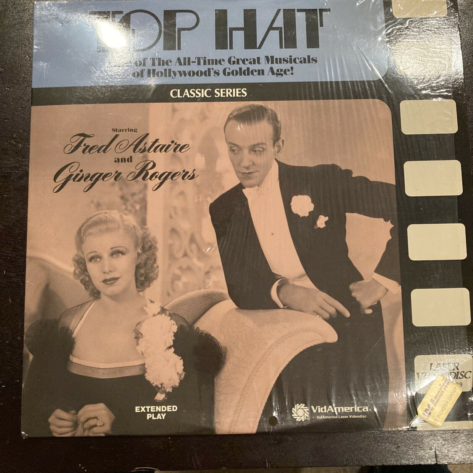 TOP HAT Laserdisc LD VERY GOOD CONDITION GREAT FILM FRED ASTAIRE GINGER ROGERS
