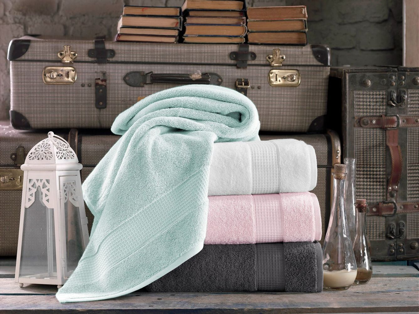 Milano Collection 2 Bath Towels Set