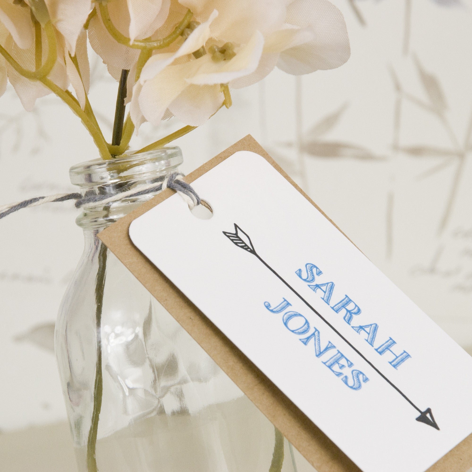 Lucky Arrows Place Name Tags – Love Wedding Print