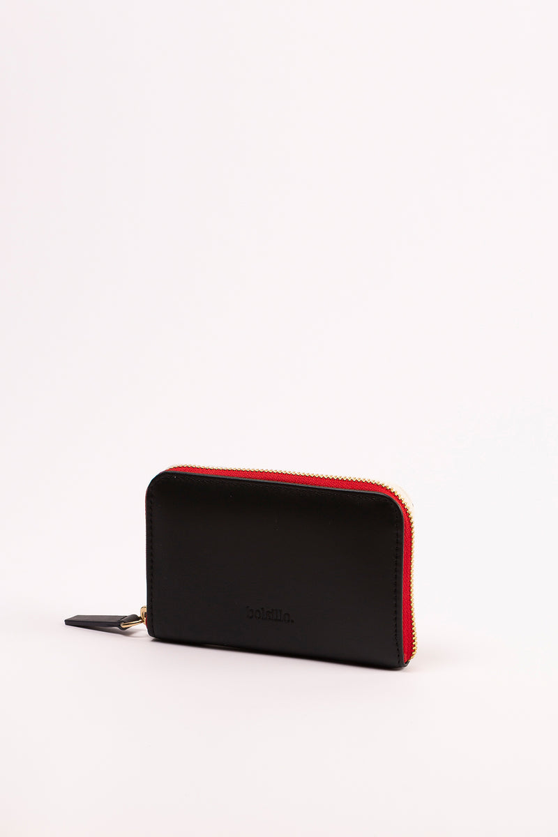 MARIANA zipped-wallet in BLACK vachetta.