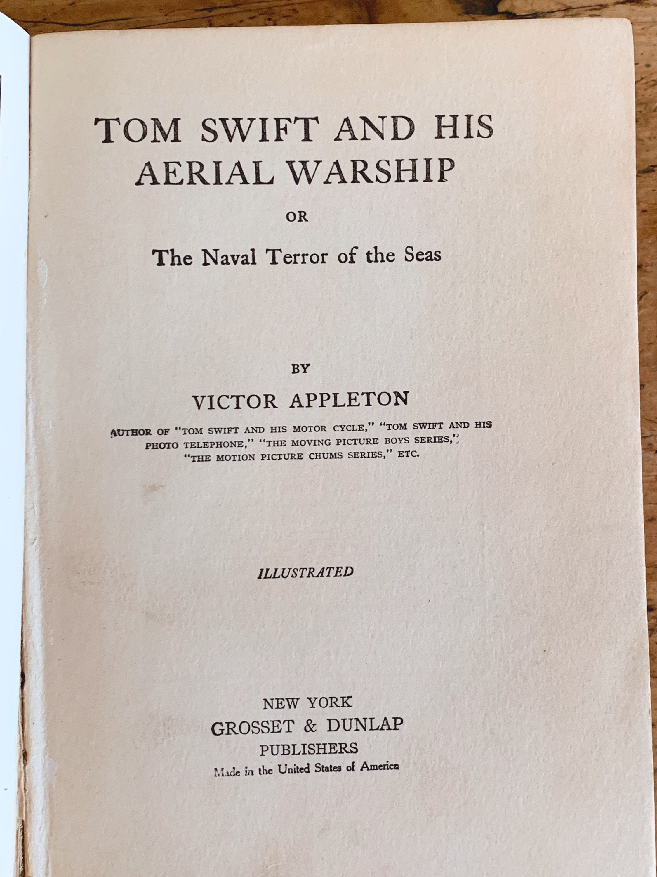 Antique Book - Tom Swift And His Aerial Warship by Victor Appleton - 1915