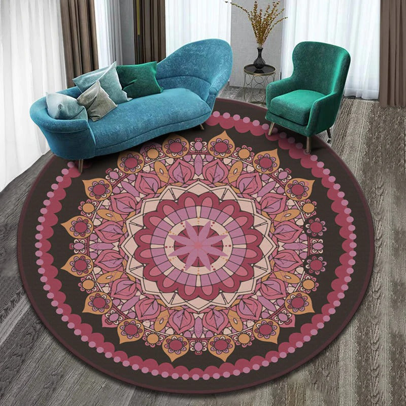 Vintage Round Rug: Model 5, color, light pink, dark pink, light orange with figures of different colors and many shapes.