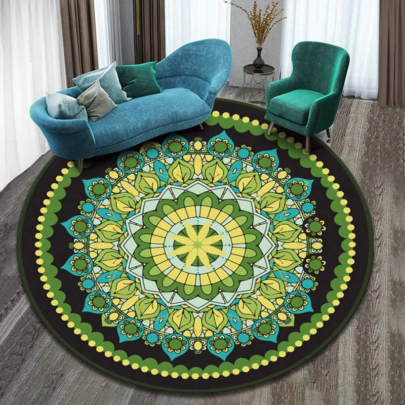 Vintage Round Rug: Model 6, color, yellow, green, with figures of different colors and many shapes.