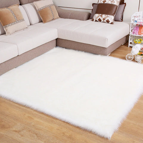 White soft shaggy rug