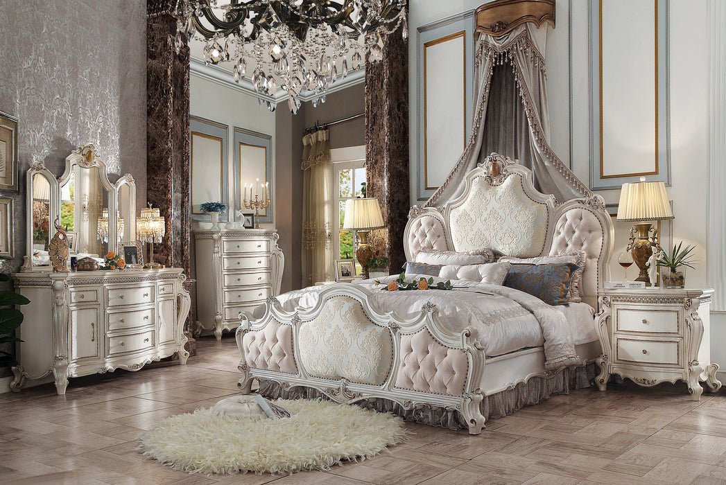 Picardy Fabric & Antique Pearl California King Bed