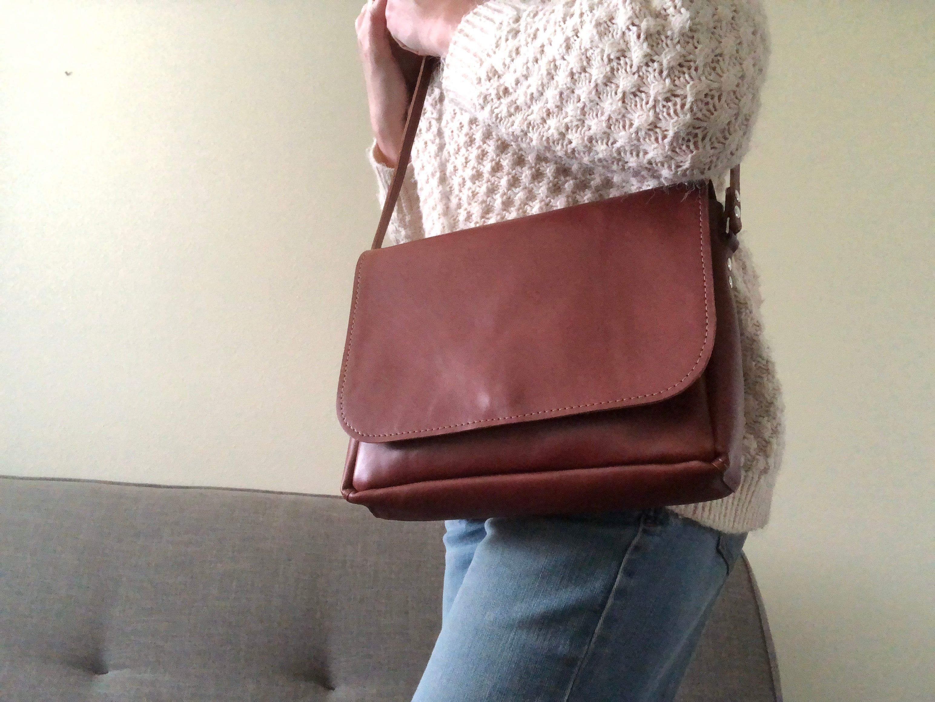 Minimal Crossbody Bag in Brown / Everyday Leather Bag / Classic Purse
