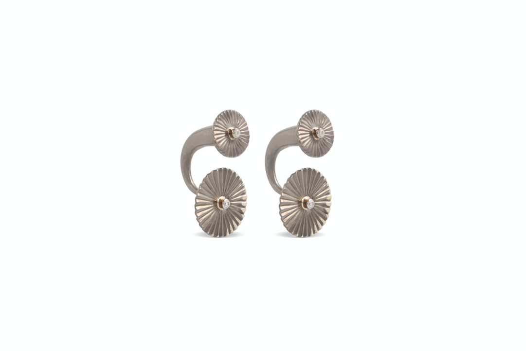 Mulino Double Windmill Earrings crafted with fvvs 1 diamonds and 18k yellow gold and silver