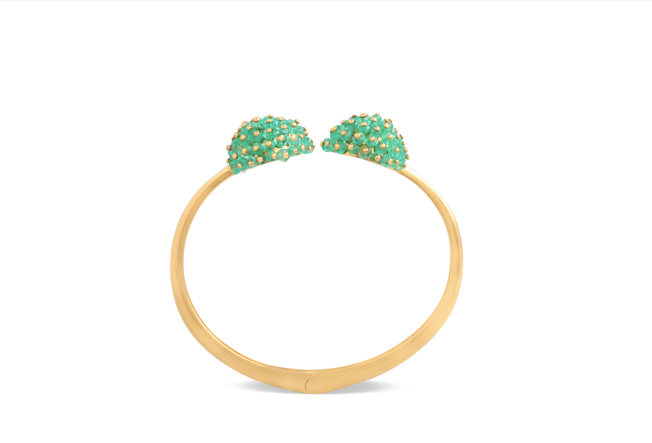 Emerald bangle crafted with 18k yellow gold