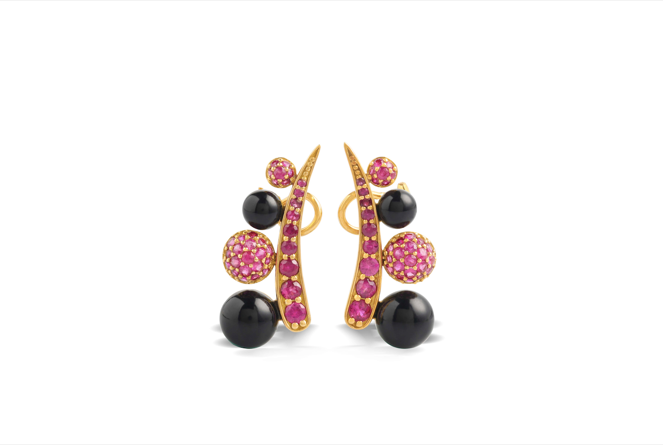 Black Corian EARRINGS in 18K YELLOW GOLD with BURMESE RUBIES
