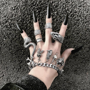 Gothic Snake Ring Set (4 Pieces)