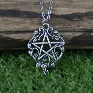 Witch Pentagram With Ivy Necklace