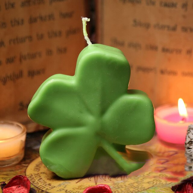 Good Luck Clover Magic Ritual Candle