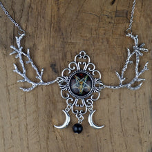 Load image into Gallery viewer, Pentagram Crescent Moon Glass Necklace