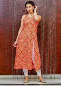 Bandhani Print Orange Kurti in a Stylish Side Cut & Smart Neckline