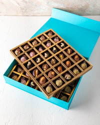Assorted Dates Collection 60pcs by NJD