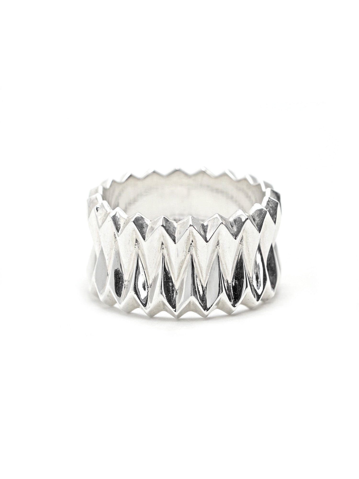 Pleats Statement Ring