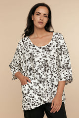 Ino Blouse - Black and White Floral - CHIC & SIMPLE