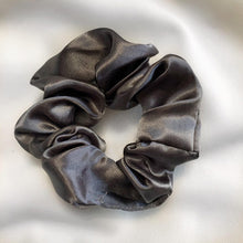 Load image into Gallery viewer, Camo Scrunchy Set