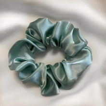 Load image into Gallery viewer, Midnight Blue Scrunchy Set