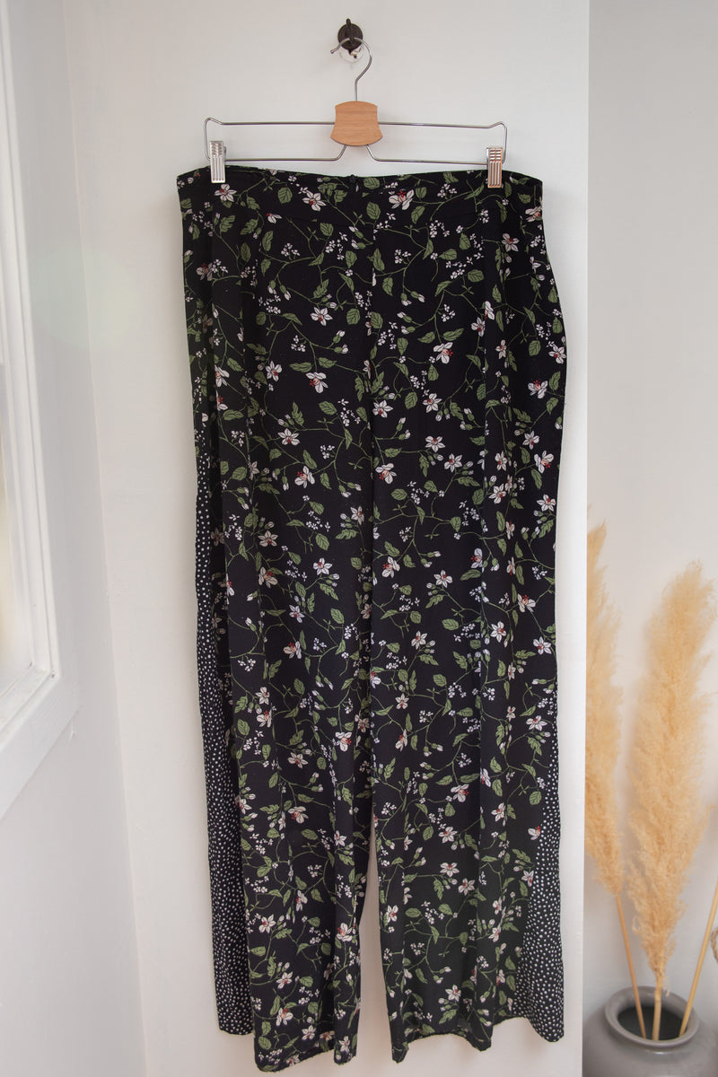 High Wasited Floral Wide Leg Pants - 14/16