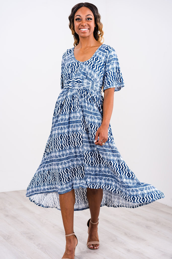 Latched Mama Printed Flutter Sleeve Pleated Nursing Dress